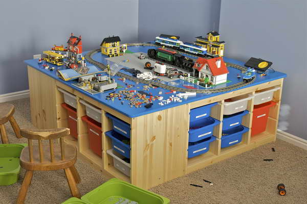 Christmas LEGO Table