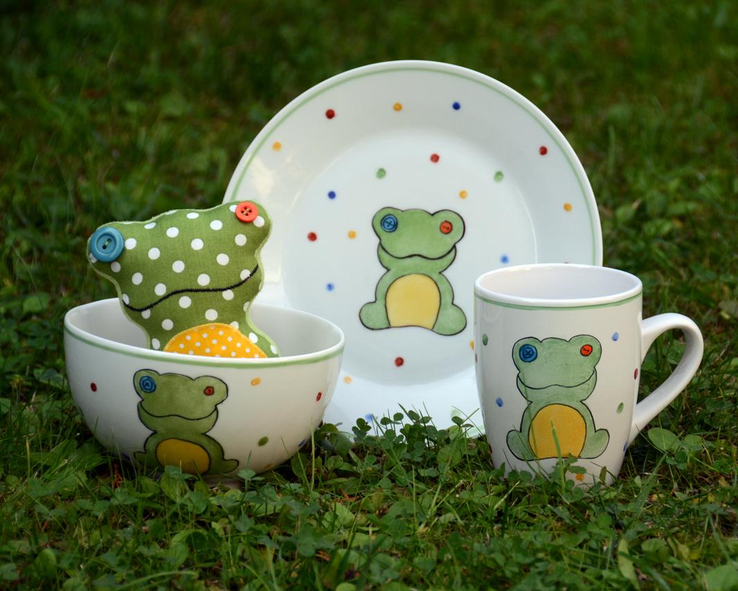 Békás porcelán gyerek étkészlet mini textilbékával