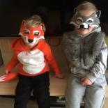 Tesók - róka és farkas jelmezben
